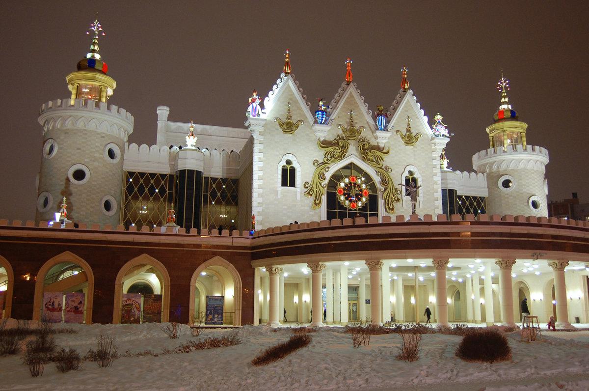 экият зимой ночью